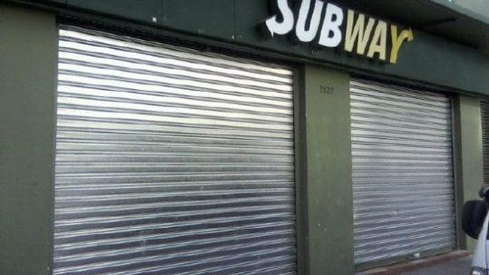 Cortinas metalicas protec para subway